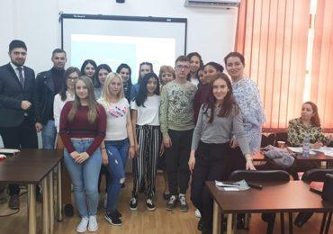 Movilidad Estudiantil UCN y UGAL Rumania bajo programa ERASMUS+, Presentación de proyecto de estudiante UCN Esther Velásquez