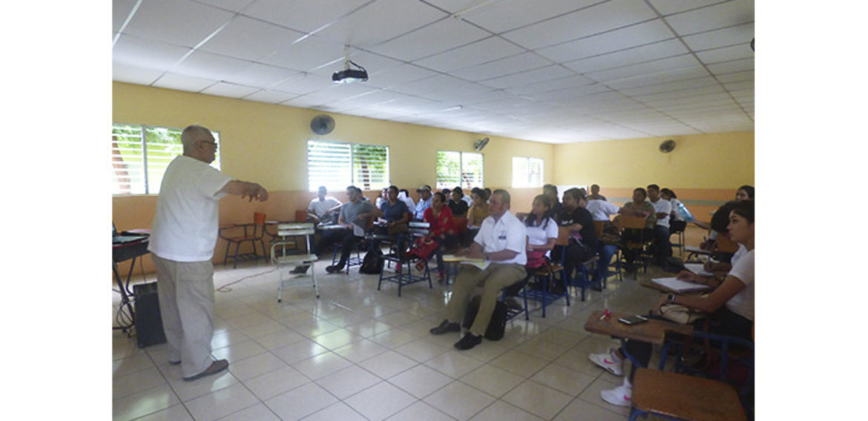 Conferencia: Semiología en Equinos