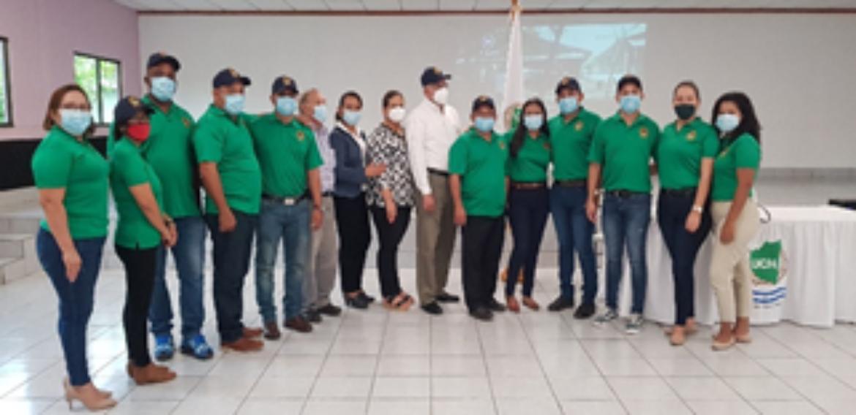 UNIVERSIDAD CENTRAL DE NICARAGUA, FIRMA CONVENIO CON LA COOPERATIVA AGROPECUARIA LOS GENIZAROS R.L